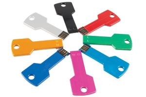 ID P202  USB ФЛАШ ПАМЕТ 8 GB